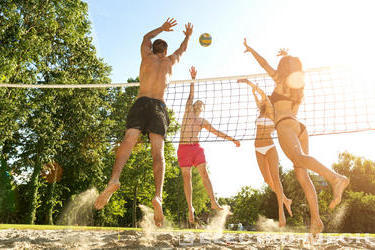 Beach Volleyball – A Glamorous Sport Whose Popularity Is Exploding